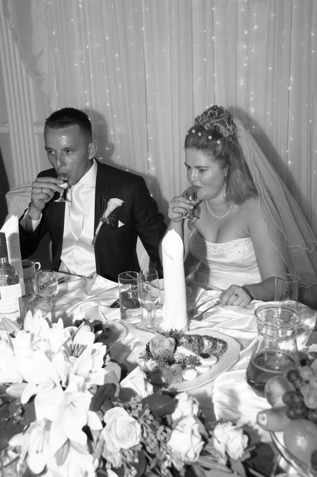 Poolse bruiloft proosten met wodka