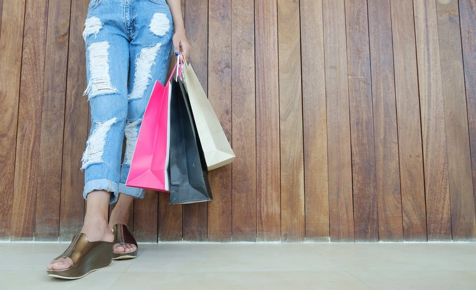 black friday cyber monday shoppingbags