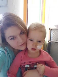 Sara met griep in het ziekenhuis