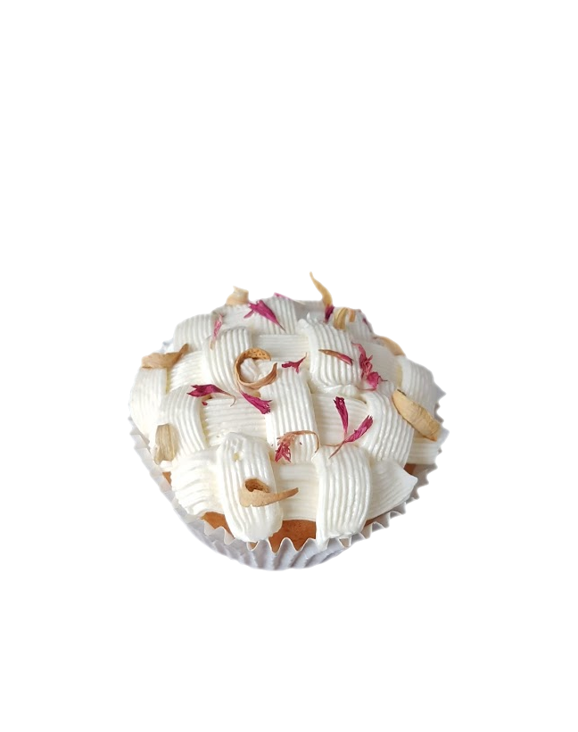 cupcake gedroogde bloemen botercreme mandje